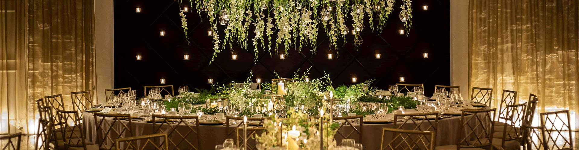 岡山の結婚式場 ザ マグリット Wedding ceremony ウェディングセレモニー 新郎新婦 幸せな空間 婚姻 感激の涙 圧倒 影響 感動の渦