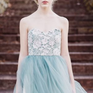 マグリットのドレス