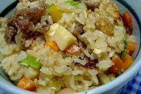 マグリットの牛スジ肉と根菜の炊き込みご飯