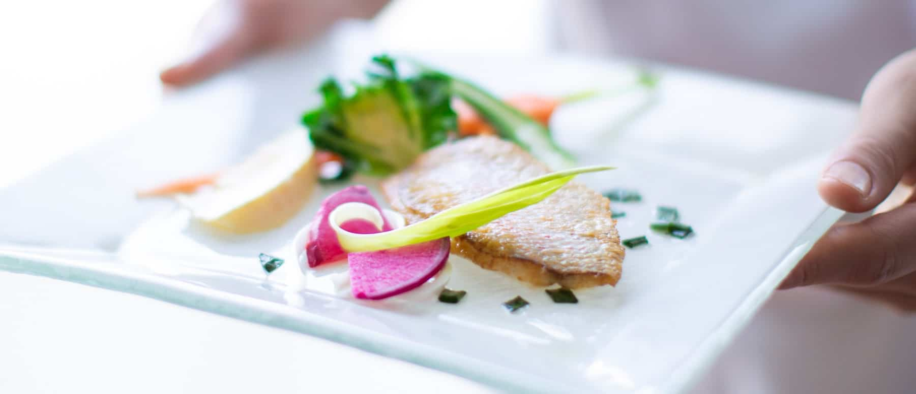 ザ マグリット | 岡山県岡山市の結婚式場・パーティーウェディング・おもてなしウェディング マグリット ウェディング 料理 ケーキ