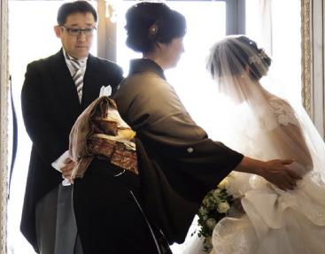 ザ マグリット | 岡山県岡山市の結婚式場・パーティーウェディング・おもてなしウェディング 愛する心を言葉で誓う1