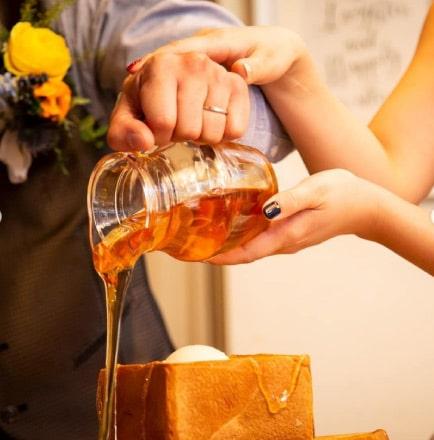 ザ マグリット | 岡山県岡山市の結婚式場・パーティーウェディング・おもてなしウェディング オリジナルウェディングケーキ9