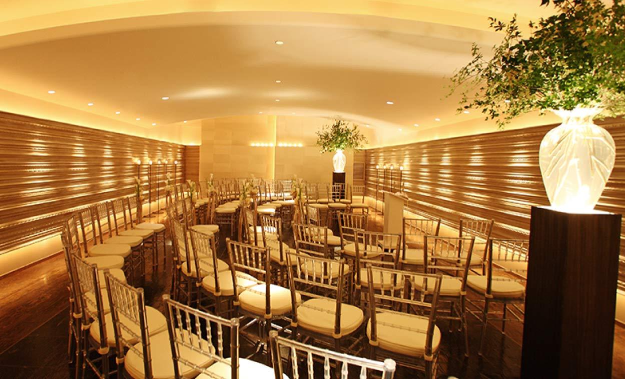 ザ マグリット | 岡山県岡山市の結婚式場・パーティーウェディング・おもてなしウェディング マンハッタンウェーブグランドクロス